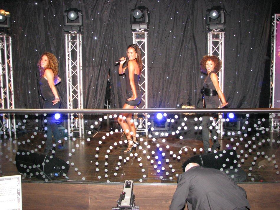 Sigourney Korper, EliZe en Marielle Constancia in het Holland Casino te Groningen
